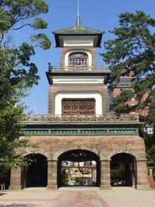 ステンドグラスの美しい金沢の尾山神社 (2)