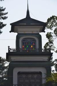 ステンドグラスの美しい金沢の尾山神社 (1)